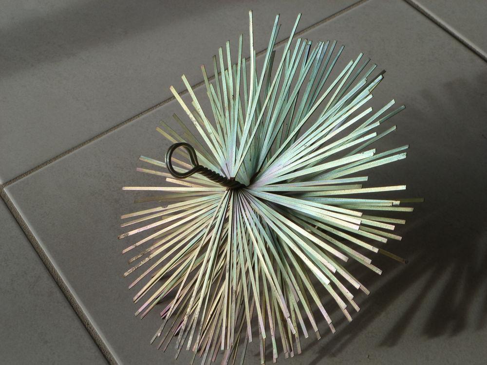 hérisson neuf de ramonage en acier. 10 Treize-Septiers (85)