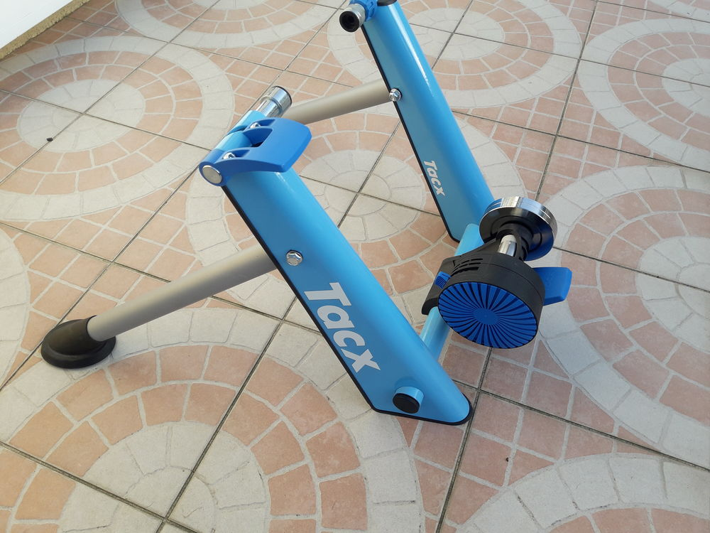Home Trainer Tacx Blue Twist NEUF 90 Offranville (76)