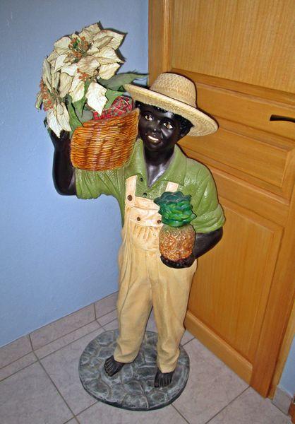 Homme noir en plâtre déco 0 Longwy (54)