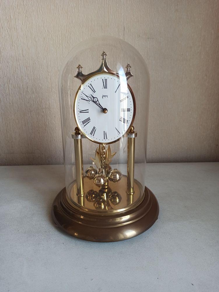 Horloge avec balancier, bon état 22 Paris 19 (75)