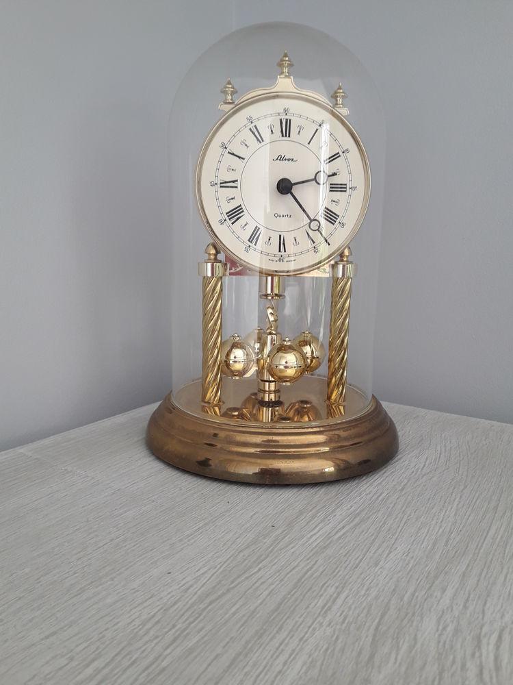 Horloge de Bijouterie 25 La Tour-du-Crieu (09)