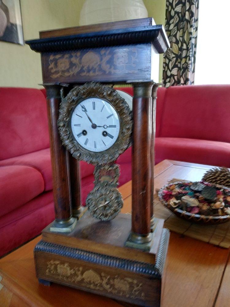 horloge sur colonnes 180 Saint-Sornin (16)