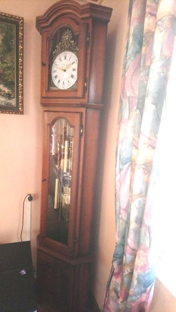 Horloge comtoise d'angle en merisier massif 800 Hem (59)