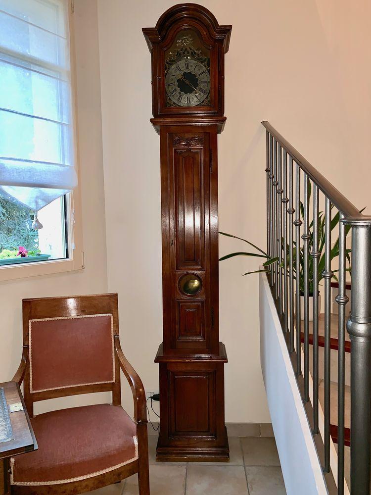 Horloge Comtoise fabriquée par Yves Cupillard à Morteau 600 Le Vésinet (78)