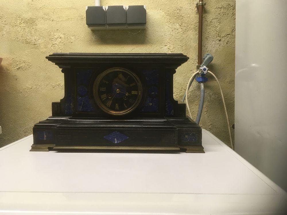 horloge en marbre noir et bleu 20 Dax (40)