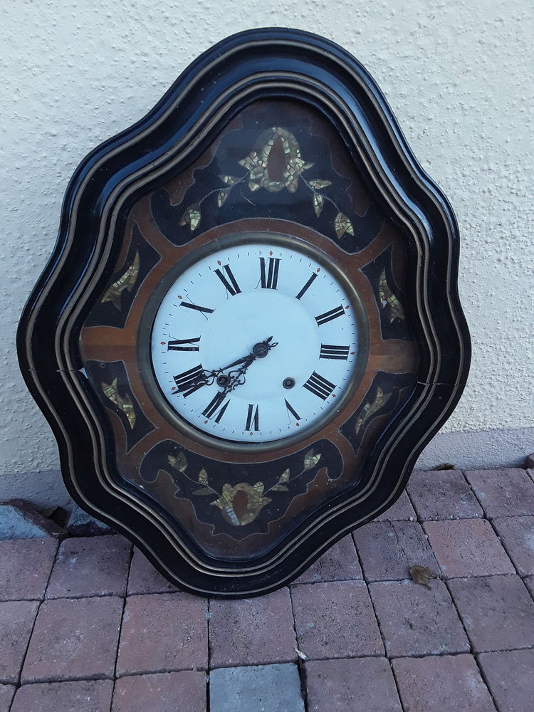 Horloge oeil de boeuf 100 Thorigné-Fouillard (35)
