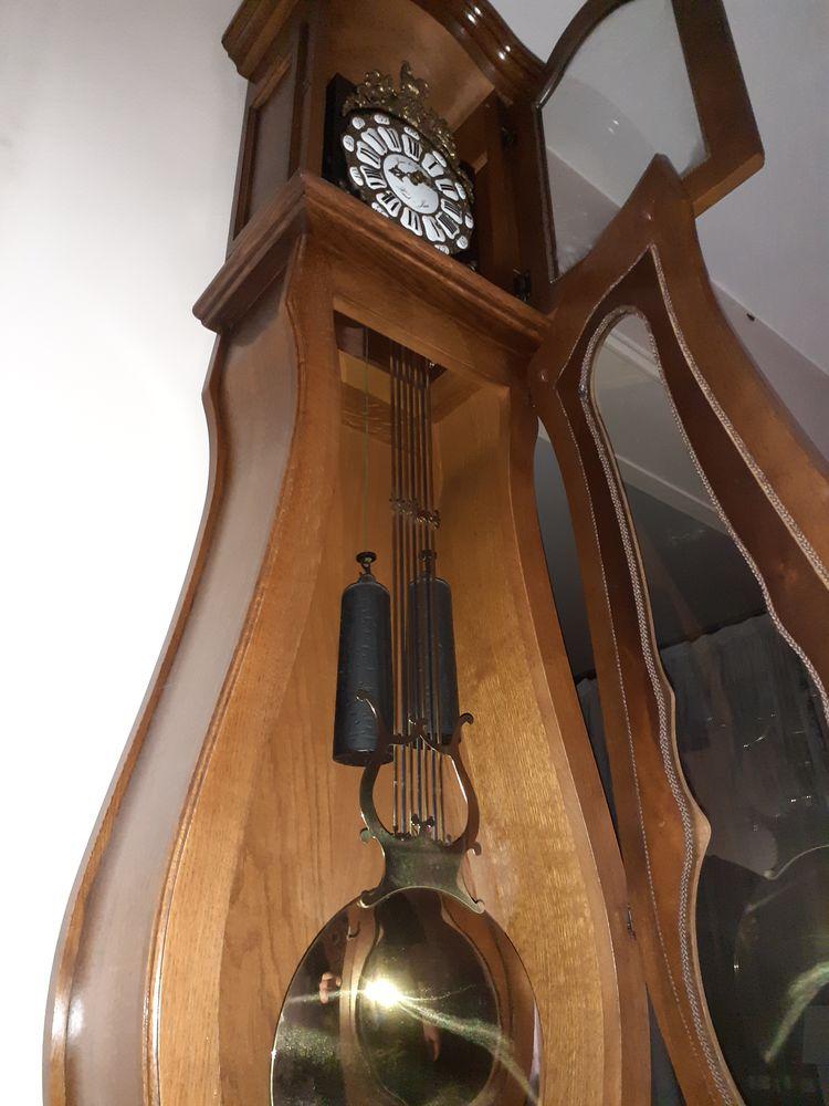 Horloge de parquet comtoise Haut-Jura chêne blond massif.  600 Drancy (93)