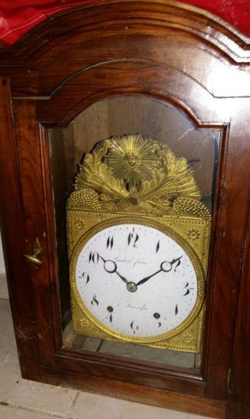 Horloge provençale  0 Uchaud (30)