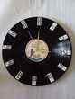 Horloge recyclée vinyl dominos Décoration
