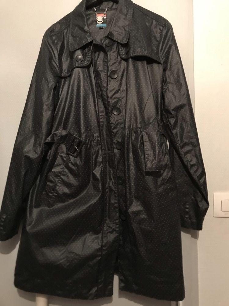IMPERMEABLE ROXY Noir et pois blanc Taille M 24 Saint-Genis-Laval (69)