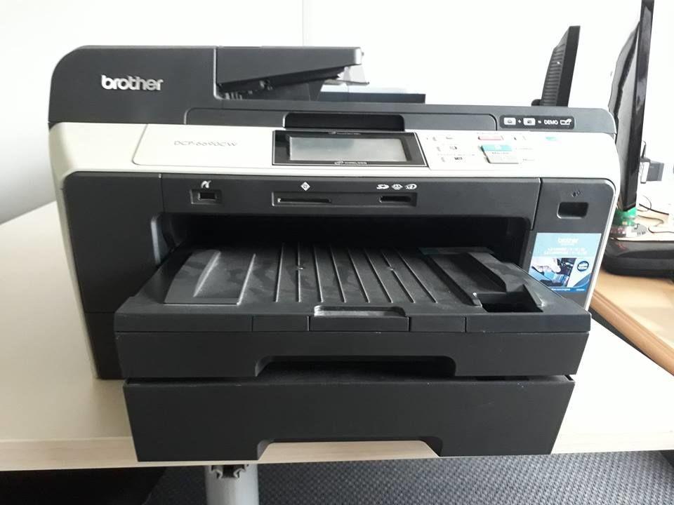 Imprimante Brother DCP-6690CW Matériel informatique