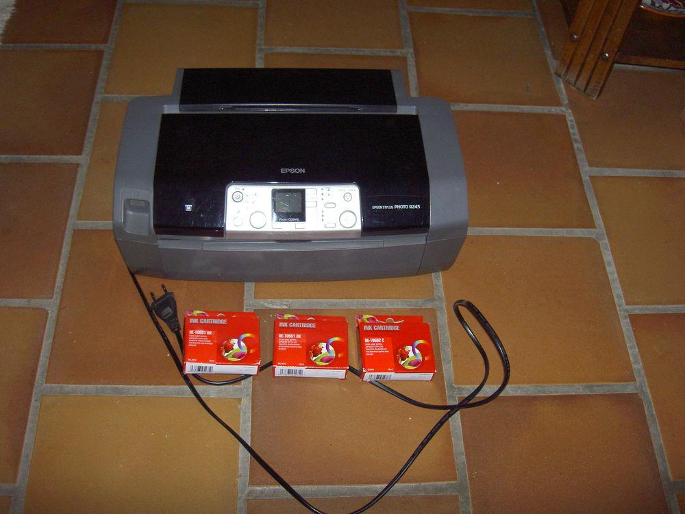 Imprimante Jet d'encre couleur Epson Stylus Photo R245 Matériel informatique
