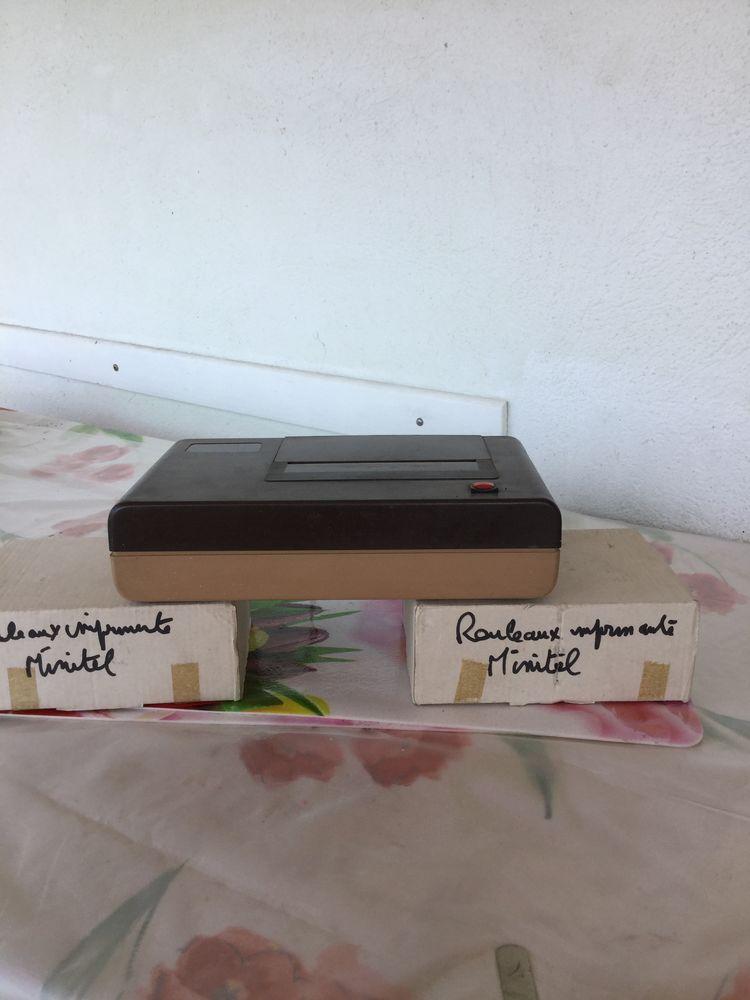 imprimante minitel pratiquement neuve et avec18 rouleaux une bonne affaire 20 La Seyne-sur-Mer (83)