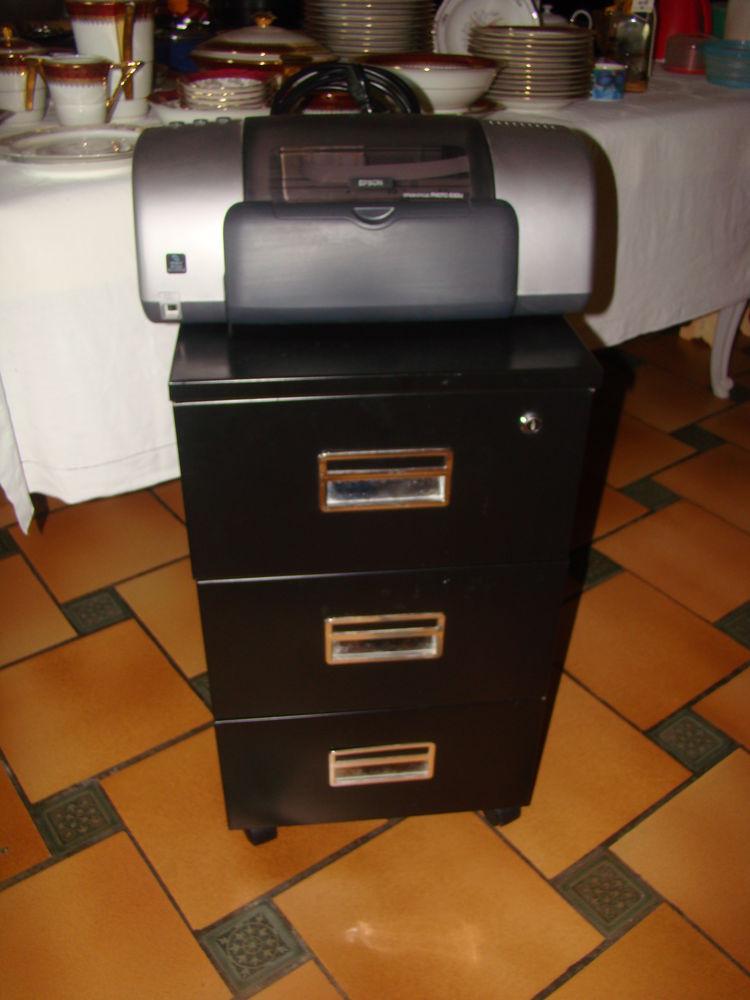 imprimante plus son meuble 3 tiroirs 44 Saclas (91)