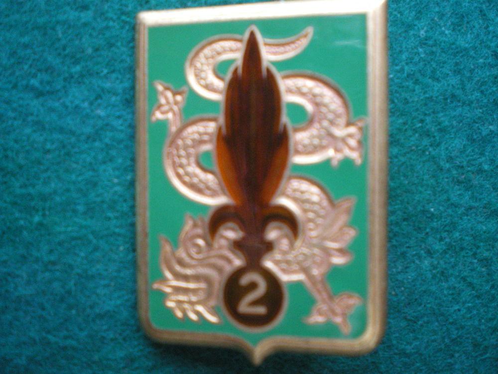 Insigne colonial - 2° REI. Régiment Etranger Infanterie. 15 Caen (14)