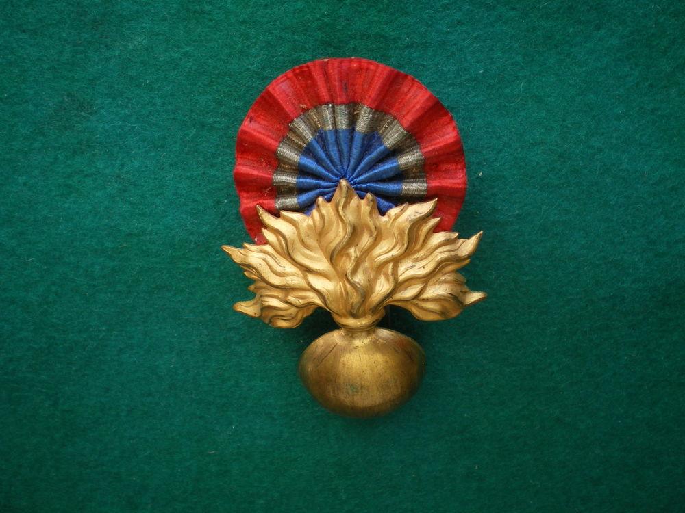 Insigne de képi de grande tenue (1883-1886). 55 Caen (14)