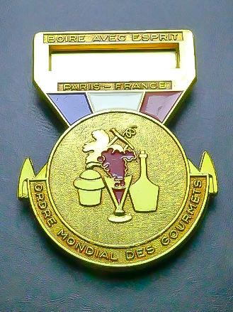 Insigne  Ordre National des Gourmets   15 Montargis (45)