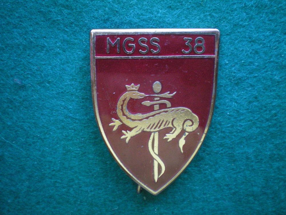 Insigne de Santé - M.G.S.S.38 Magasin Général Service Santé. 15 Caen (14)