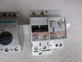 2 interrupteurs différentiels 300 mA. 10 Rennes (35)