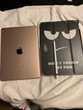 iPad Pro 10,5 FIN 2017 256GO ET Apple Pencil Téléphones et tablettes