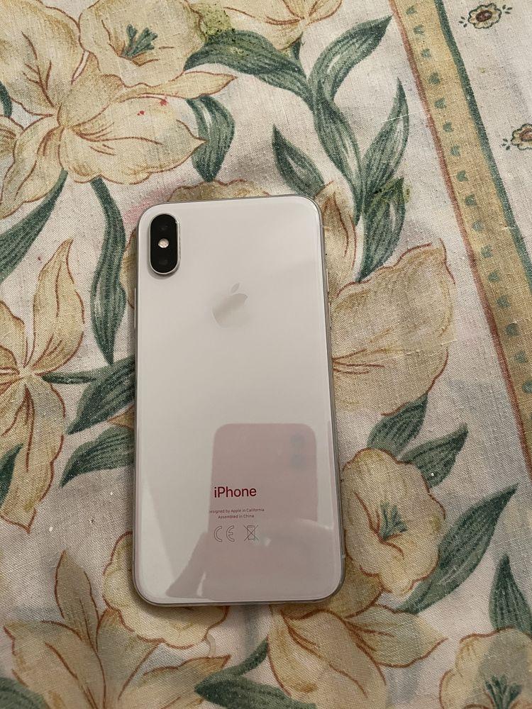 iPhone X 64 giga  350 Sartrouville (78)