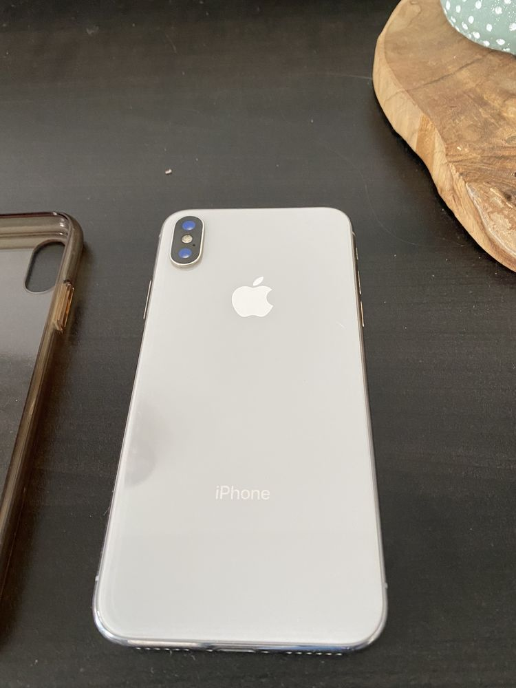 Iphone X gris 64g 350 Roanne (42)