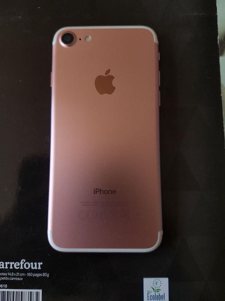 iPhone 7 rose Gold. Prix négociable 110 Le Relecq-Kerhuon (29)
