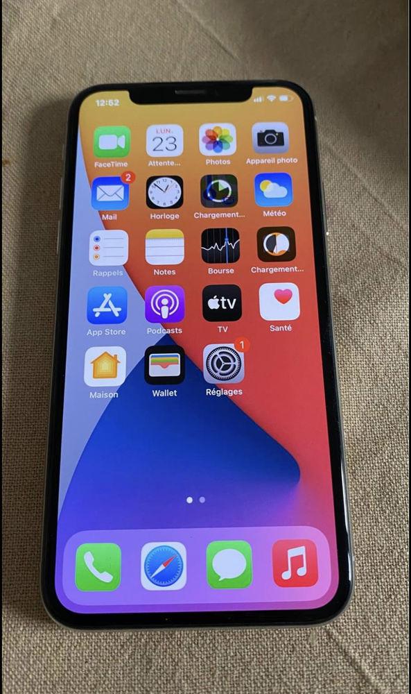 Iphone X 64 go silver 320 Bourdeilles (24)