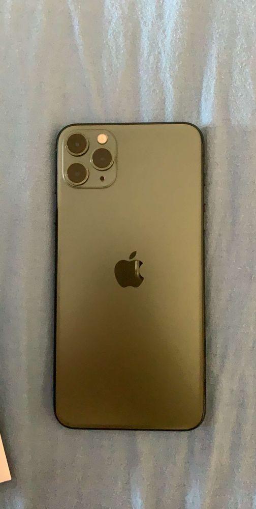 iPhone 11 pro Max sous garantie Téléphones et tablettes