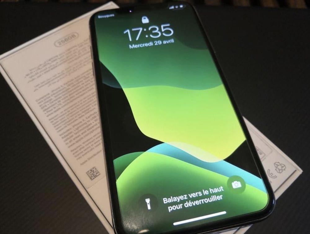 iPhone X 450 Saint-Méen-le-Grand (35)
