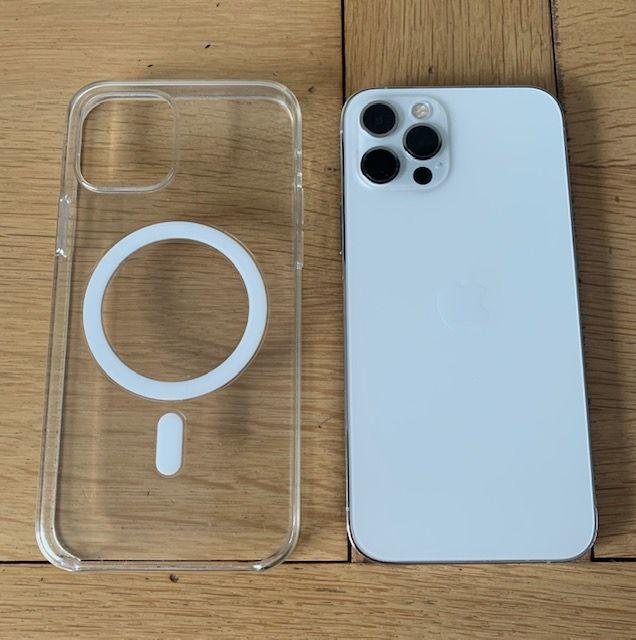 iPhone 12 Pro Max  400 Paris 19 (75)