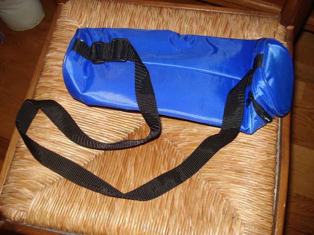 sac isotherme pour bouteille neuf bleu et autres articles 0 Mérignies (59)