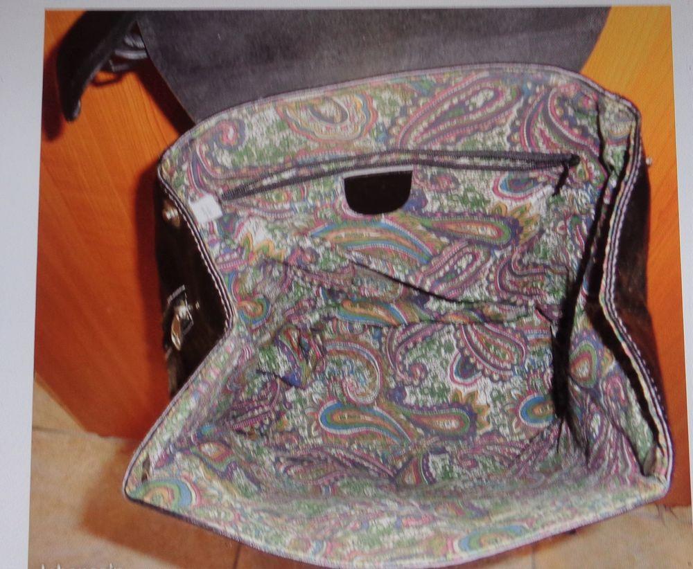 sac dos jamais servi cadeau, très beau modèle  19 Argenteuil (95)
