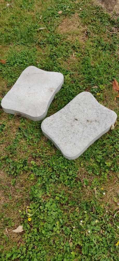 PAS JAPONAIS en ciment Jardin