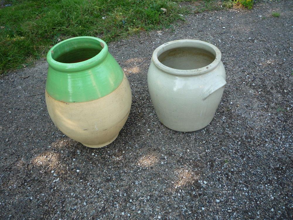 Jarre/graissier/vase jardin/porte parapluie Jardin
