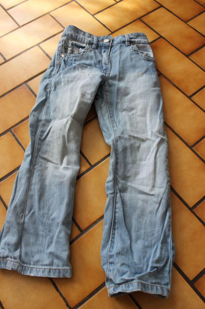 Jean bleu clair okaidi 5 ans 4 Wervicq-Sud (59)
