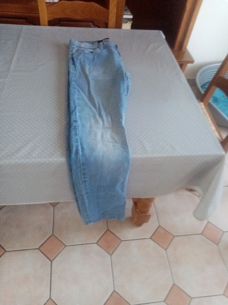Jean bleu 38 complices homme 25 Herblay (95)