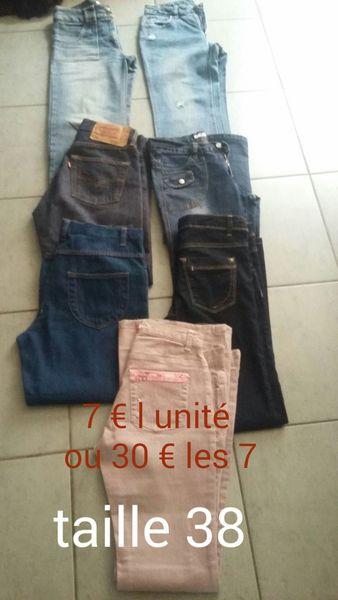 Lot de 7  jeans femme 30 Avignon (84)