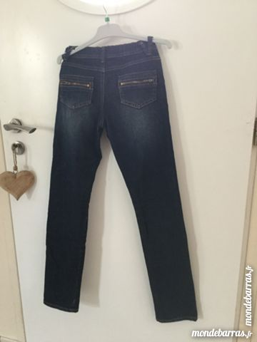 Jeans fille 10 ans comme neuf 12 Binic (22)