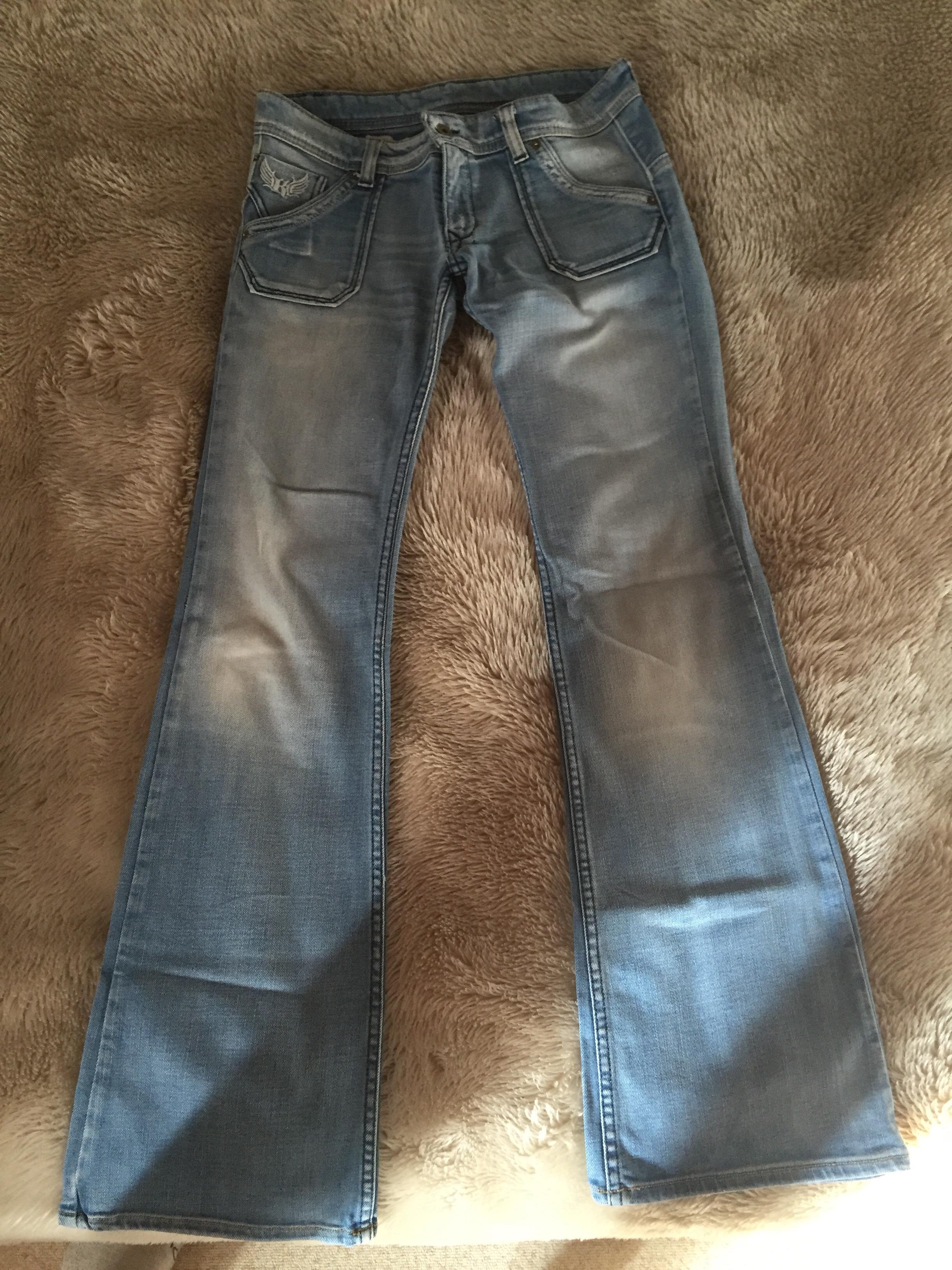 jeans kaporal 25 Saint-Clair-de-la-Tour (38)