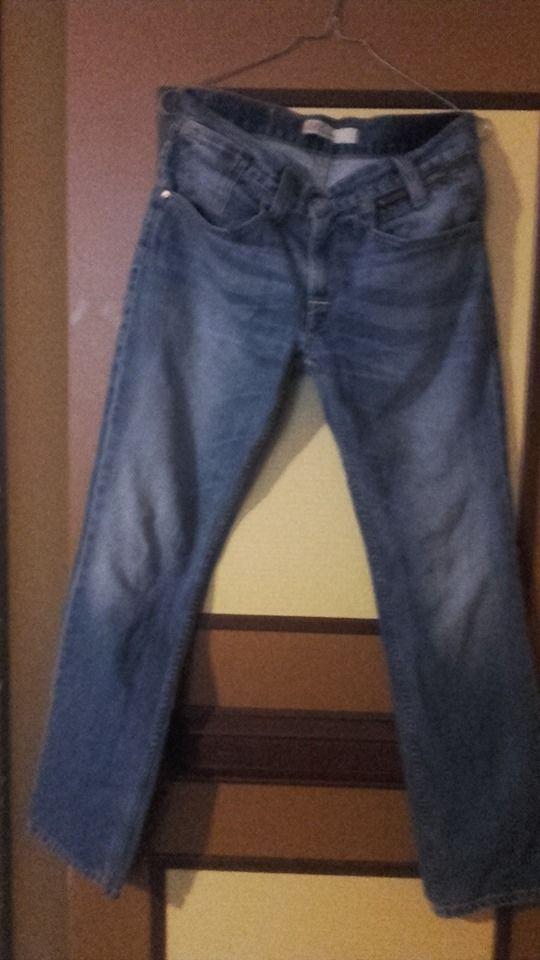 jeans levis 511 comme neuf taille 38 Vêtements