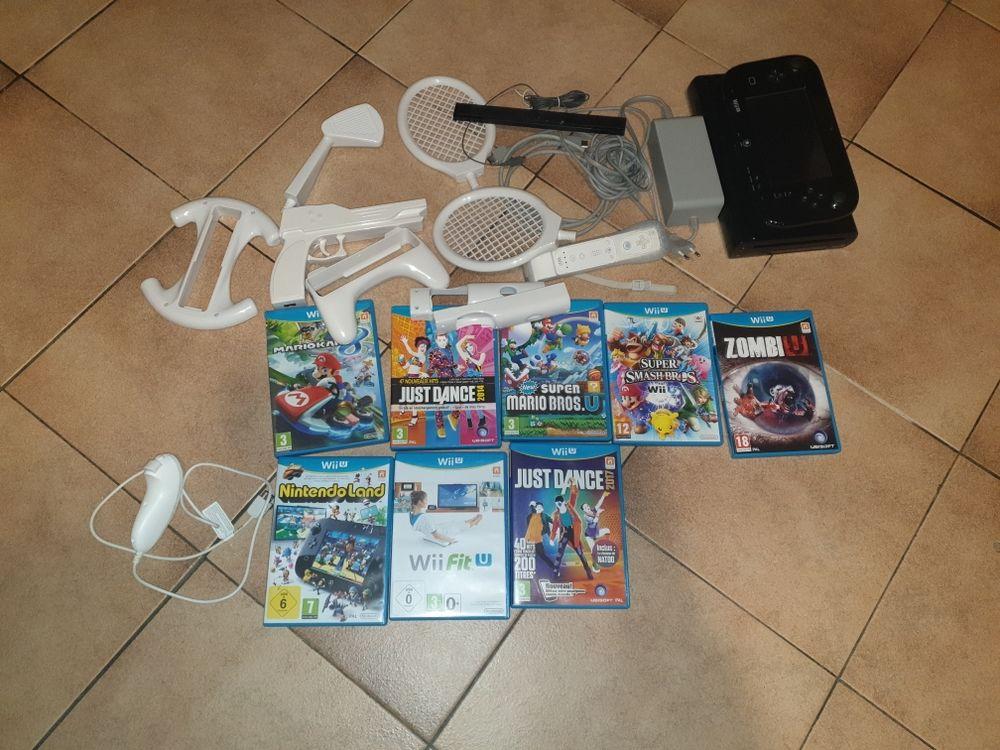 Wii U   8 jeux   accessoires manettes 170 Noisy-le-Grand (93)