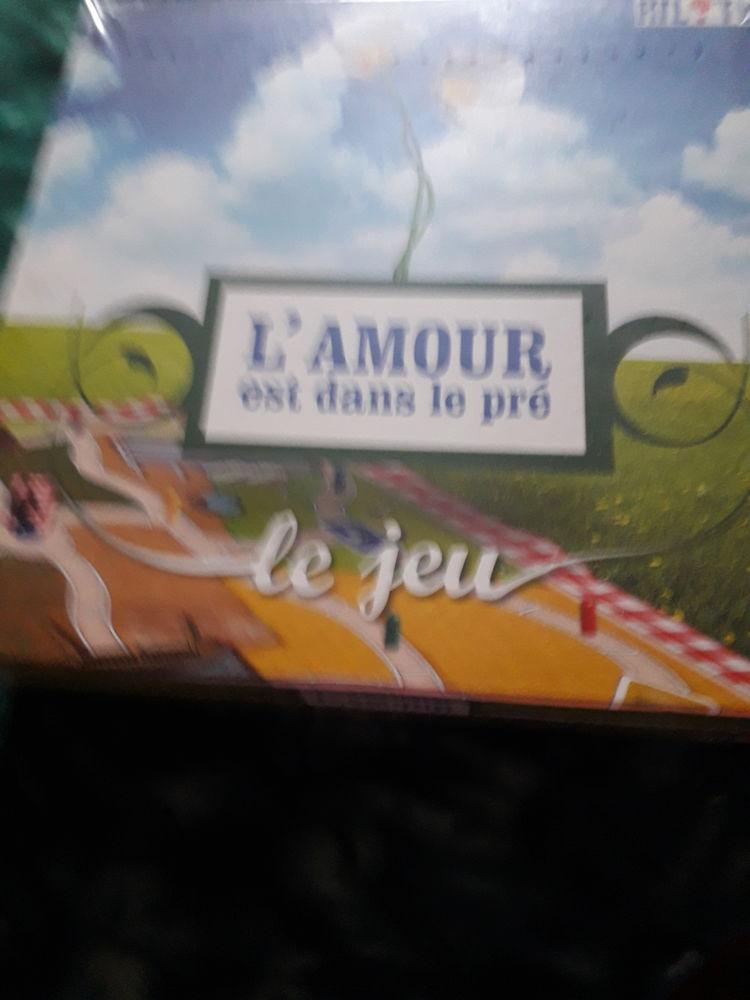 jeux de société neuf  16 Le Pont-de-Beauvoisin (38)