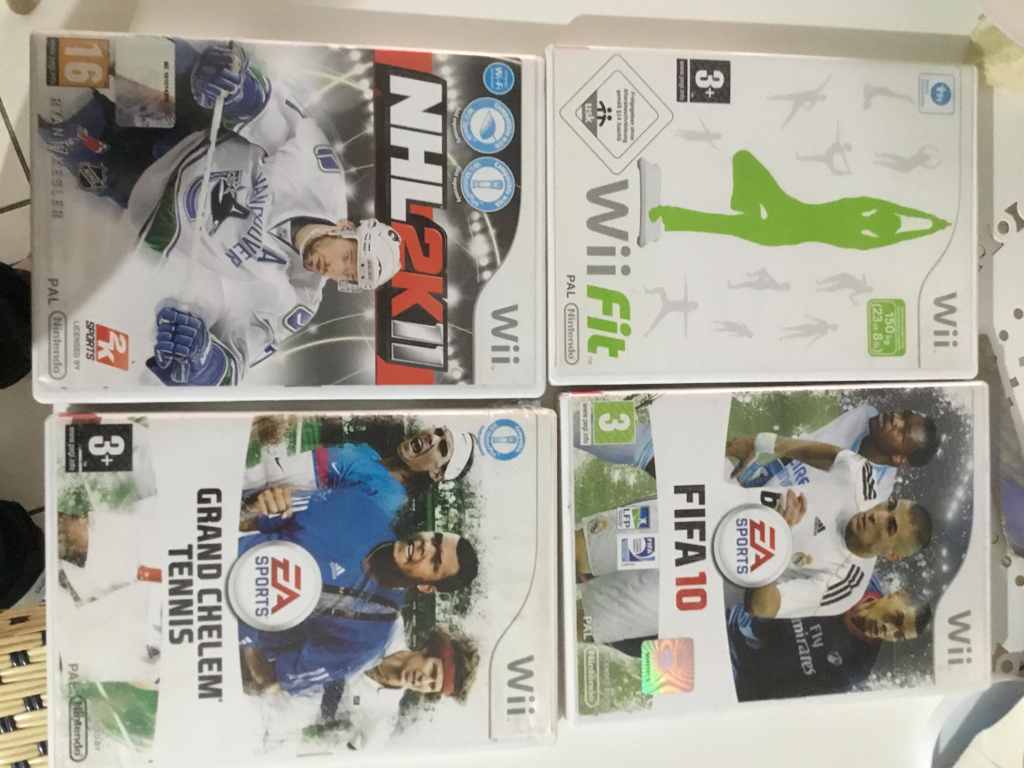 4 jeux wifi 20 Grenoble (38)