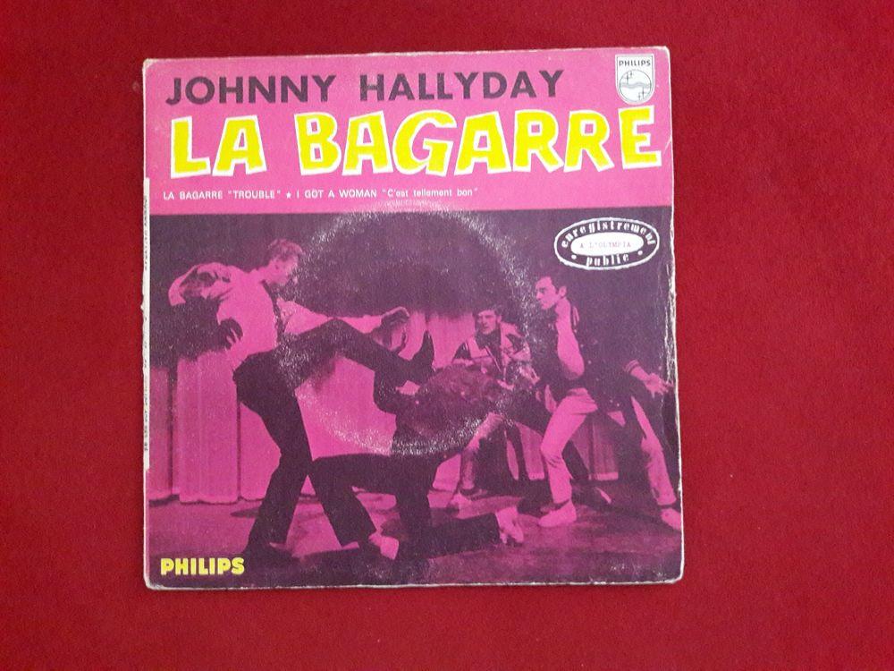 JOHNNY HALLYDAY 45 T LA BAGARRE  24 Decazeville (12)