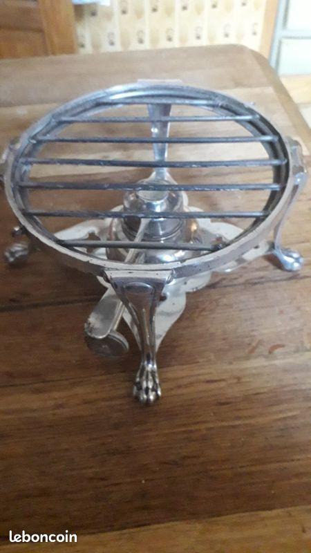 Joli réchaud de table en argent 250 Montreuil (93)