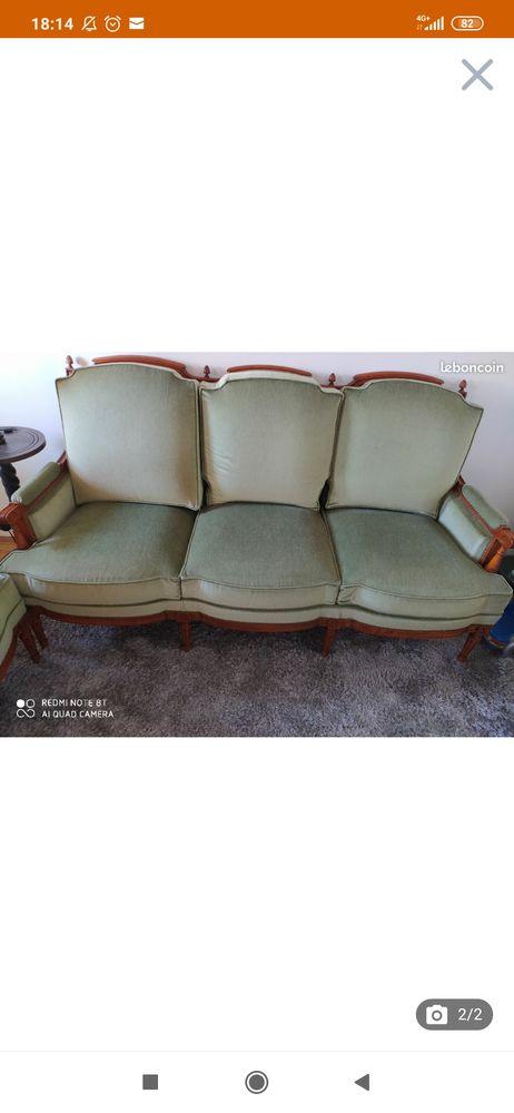 Joli salon ancien 750 Saint-Cloud (92)