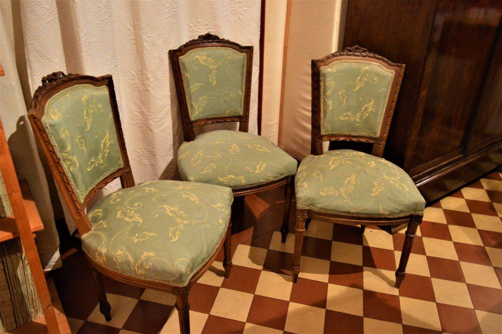 Un joli trio de chaises 70 Neuilly-Saint-Front (02)