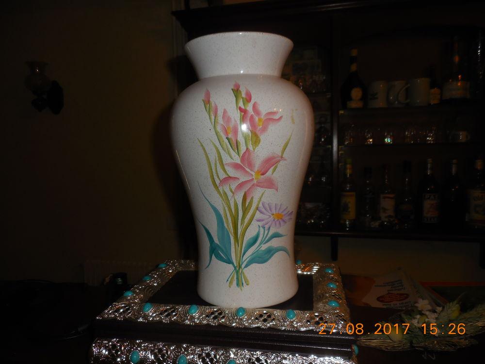 joli vase pour grandes fleurs 25 Sète (34)