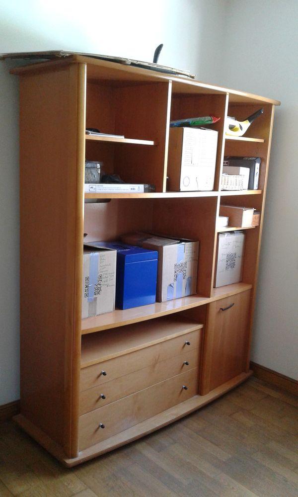 Jolie Bibliotheque/TV en bois clair 35 Saint-Mandrier-sur-Mer (83)